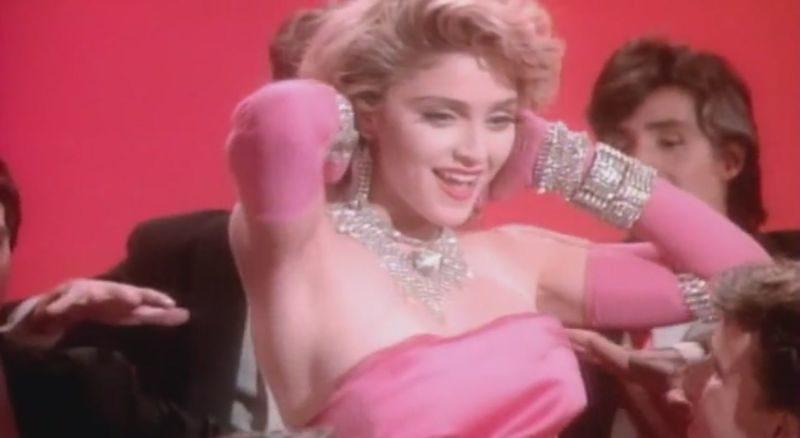 Mężczyźni wolą blondynki, Gentlemen Prefer Blondes, Howard Hawks, Marilyn Monroe, Jane Russell, Charles Coburn, to nie o tym, to nie o tym blog, musical, komedia, Madonna
