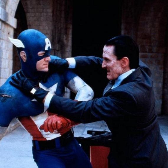 Kapitan Ameryka, Captain America, Avengers, Matt Salinger, Steve Rogers, Marvel, 1990, Albert Pyun, Ronny Cox, Scott Paulin, superbohater, akcja, komedia