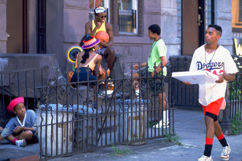 Rób co należy, Do the Right Thing, Spike Lee, Giancarlo Esposito, Rosie Perez, Samuel L. Jackson, Danny Aiello, Bill Nunn, John Turturro, John Savage, Brooklyn, Black Lives Matter, 1989