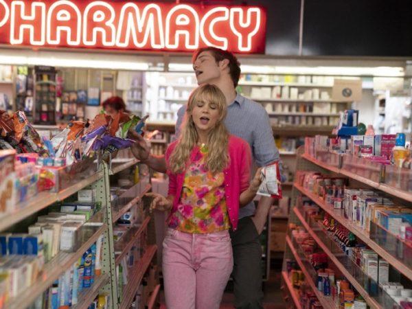 Obiecują Młoda Kobieta, Promising Young Woman, Carey Mulligan, Bo Burnham, Emerald Fennell, komedia, thriller, zemsta